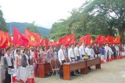 Trường THPT Krông Bông tổ chức Lễ khai giảng năm học 2019 -2020
